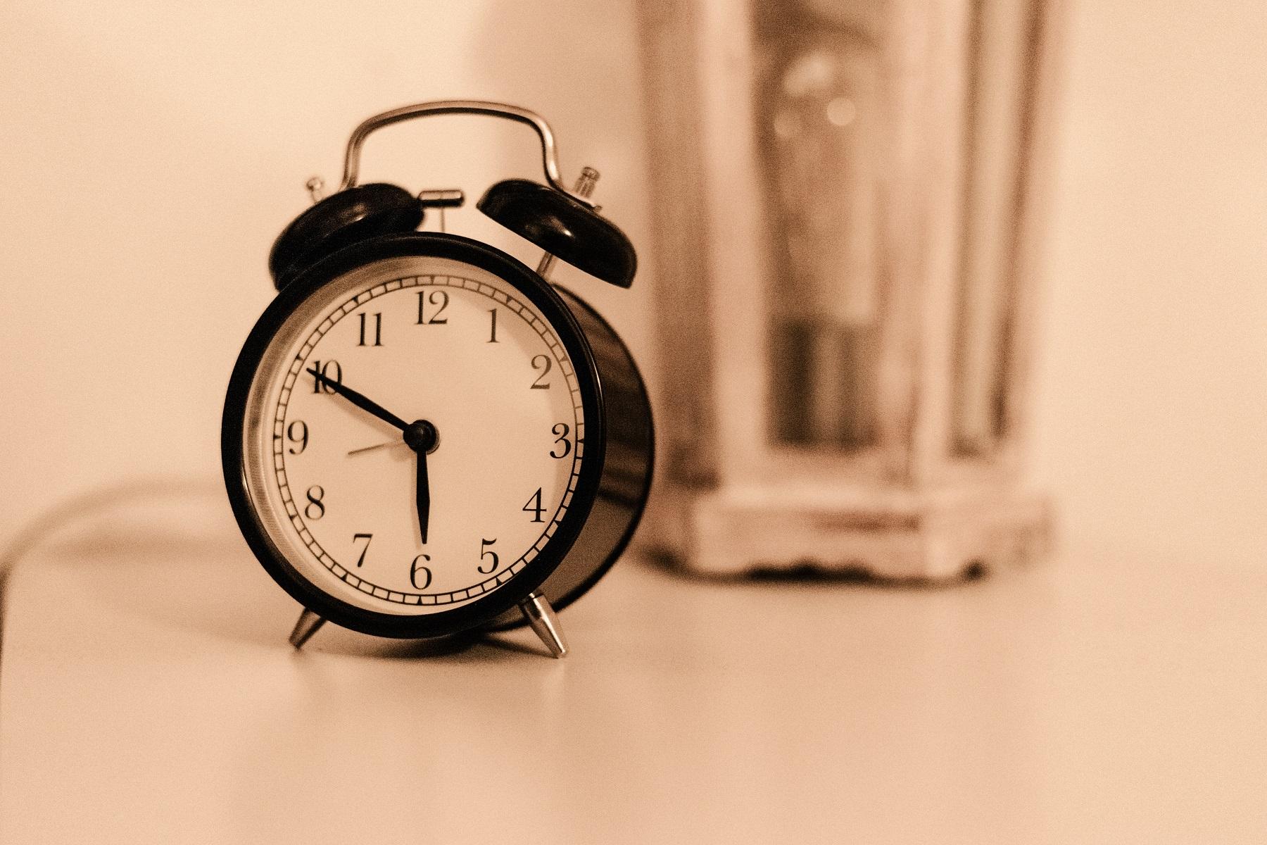 睡眠の時間が取れない人におススメ!短時間で熟睡する方法