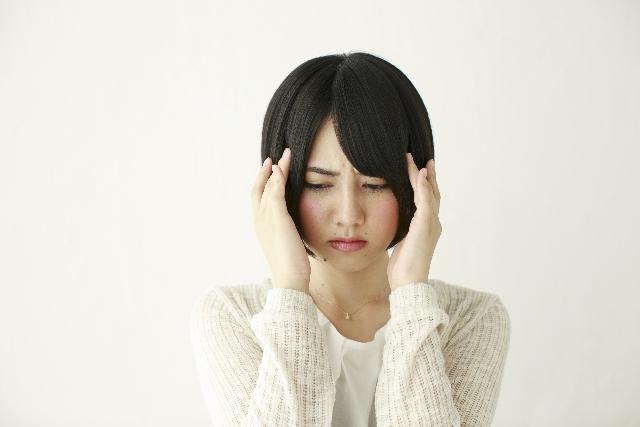 雨の降り始めが怖い…「低気圧頭痛」の対策