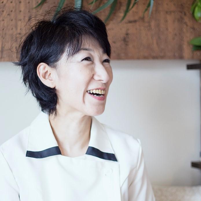 須田 桂子