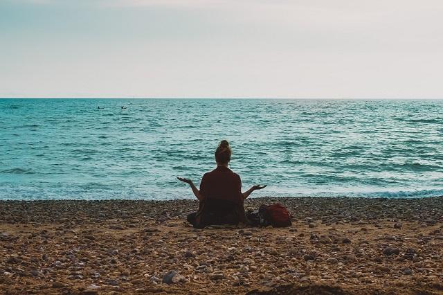 ストレスフリーでいるために~「マインドフルネス瞑想」のススメ~