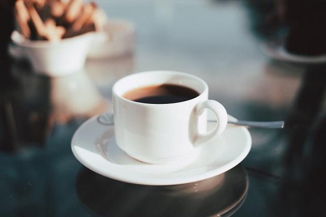 むくみ解消にはコーヒーが良い?むくみの仕組み・コーヒーの飲み方を紹介!