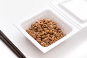 1日に食べる納豆の量と食べる頻度