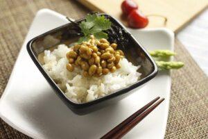 納豆などの発酵食品で腸内環境が整うって本当?納豆には数多くの健康作用が!