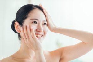 スキンケアも大切な習慣!美肌を保つポイントとは?
