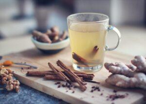 腸内をデトックスして内側から綺麗に!おすすめのお茶の作り方3選